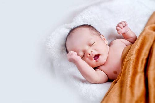 How To Sing A Lullaby To Put Your Baby To Sleep Peacefully?